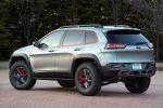 Jeep Cherokee Dakar Concept Prototyp Offroad Geländewagen 4x4 Allrad Mopar Jeep Performance Parts Lift Kit BFGoodrich Mud Terrain Jeep Cargo Management System JCMS Heck Seite