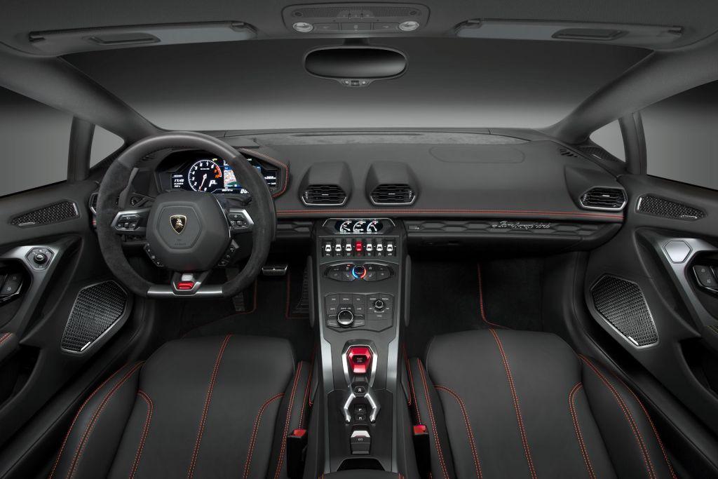 Lamborghini hurac n lp 580 2 mit heckantrieb ein for Innenraum design programm kostenlos