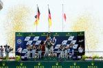 Le Mans 24 Stunden Rennen 2014 24 heures 24h Langstreckenrennen Audi Sport R18 e-tron quattro Hybrid Allrad LMP1 3.7 Diesel V6 Elektromotor Sportwagenprotoyp Podium