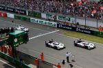 Le Mans 24 Stunden Rennen 2014 24 heures 24h Langstreckenrennen Audi Sport R18 e-tron quattro Hybrid Allrad LMP1 3.7 Diesel V6 Elektromotor Sportwagenprotoyp