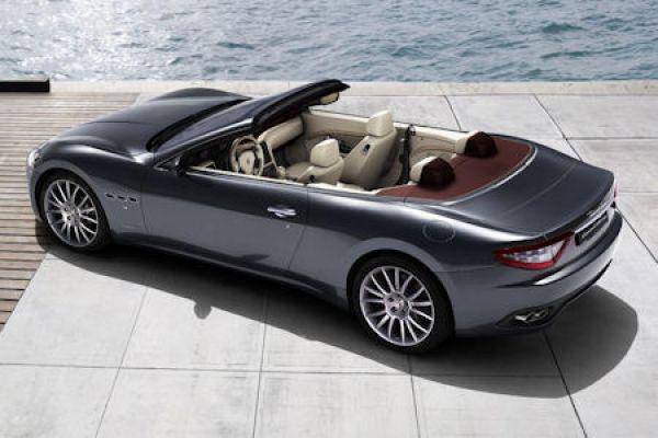 Maserati GranCabrio: Große Offenheit mit 4 Sitzen und 440