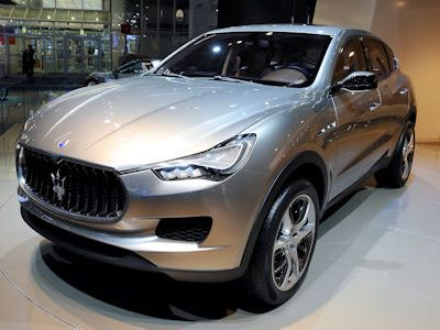 Maserati Kubang SUV Sports Utility Vehicle Performance Luxus