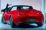 Mazda MX-5 Roadster ND 2015 Sportwagen Skyactiv-G 2.0 1.6 MZD Connect Internet App Heck