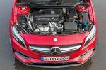Mercedes-AMG A 45 Kompaktsportler 2016 Performance 2.0 Vierzylinder Turbo 4MATIC Allrad AMG Speedshift DCT 7G Doppelkupplungsgetriebe Motor Triebwerk Aggregat