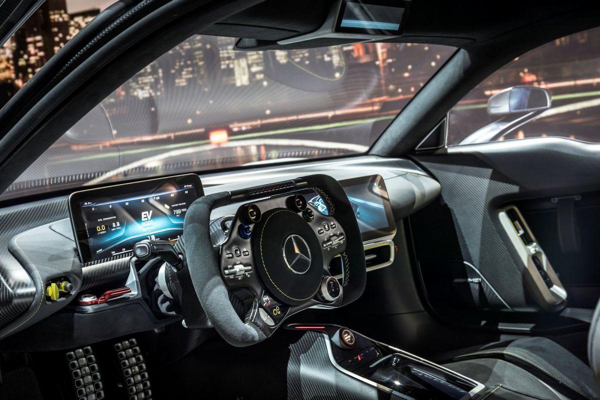 Mercedes Amg Project One Mit 1 6 Liter V6 Und 1000 Ps