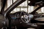 mercedes benz e-klasse e 400 test - limousine avantgarde amg sportpaket v6 biturbo comand online internet collision prevention assist bas distronic plus park assistent interieur innenraum cockpit
