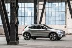 Mercedes-Benz GLA Concept Kompakt SUV 4MATIC Allrad 7G-DCT Turbo Benziner Laser Beamer Comand Online Seite