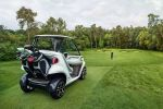 Mercedes-Benz Style Edition Garia Golf Car Golfwagen Touchscreen Bildschirm Touchpad Internet Green Caddy Fairway Golfplatz Loch Heck