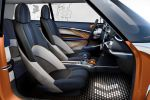 Mini Vision Cooper Organoblech Black Band Disco Floor Glamorous Gold Union Jack Interieur Innenraum Cockpit