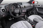 Audi A1 Facelift 2015 Kleinwagen TFSI TDI ultra S tronic Vierzylinder Dreizylinder Turbo Audi Drive Select MMI Navigation plus Audi Connect WLAN Internet Smartphone Interieur Innenraum Cockpit