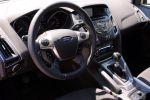 Ford Focus Turnier Test - Innenraum Cockpit Lenkrad Schaltknauf Schaltknüppel Tacho Navi Schaltkulisse Amaturenbrett
