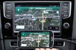 VW Volkswagen Smartphone Konnektivität Infotainment Baukasten Car Connectivity Consortium CCC Mirror Link Touchscreen Handy App Qi Standard Navigation Geodaten WLAN Internet Mobiltelefon Schnittstelle