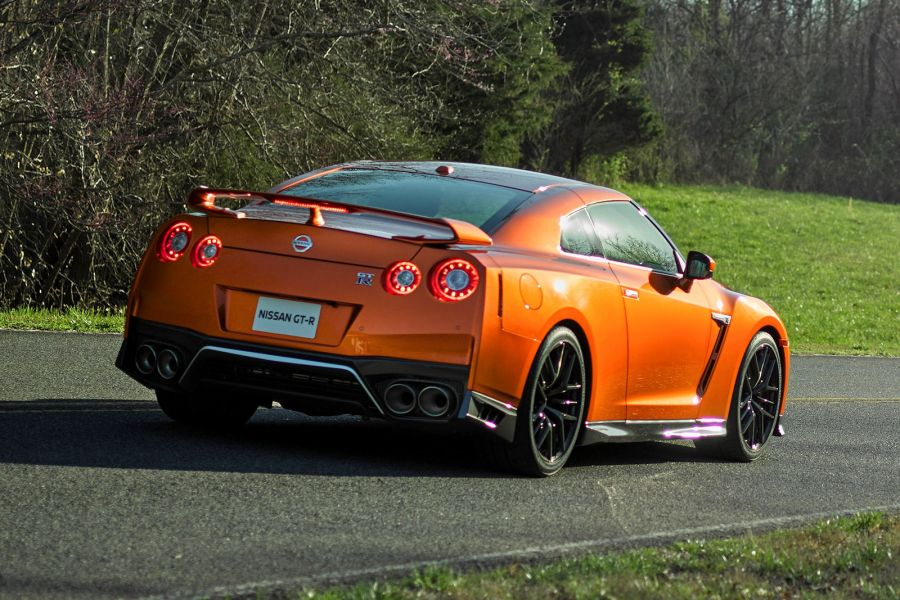 nissan gt r 2017 b se das gr te facelift seit 2007 speed heads. Black Bedroom Furniture Sets. Home Design Ideas