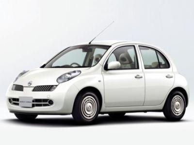 Nissan modelle im britischen edel trim