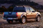 Nissan Navara Platinum Pickup Offroad Gunmetall 2.5 dCi Turbo Diesel Heck Seite Ansicht