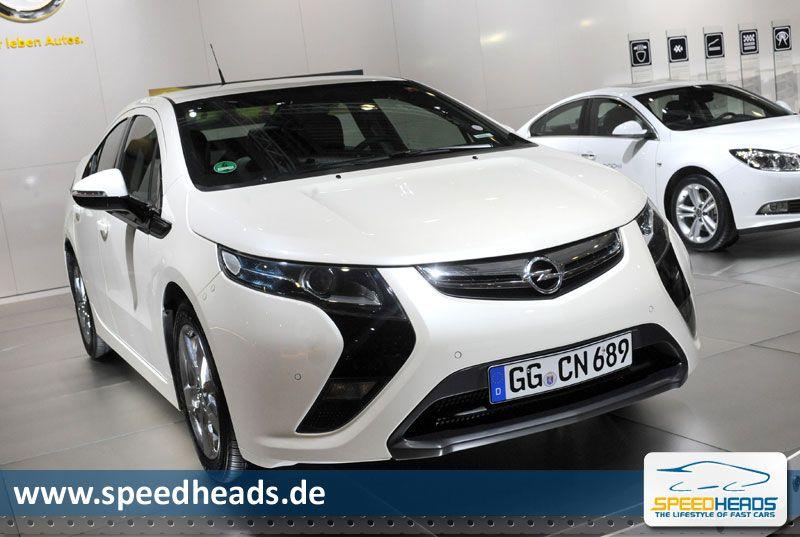 2010 Opel Ampera photo - 2