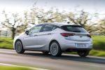 Opel Astra K 1.6 Biturbo CDTI 2016 Vierzylinder Turbodiesel Kompaktklasse Voll LED Matrix Licht IntelliLux LED IntelliLink Smartphone App OnStar Internet WLAN Heck Seite
