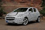 Opel Corsa E 2014 Erlkönig 1.0 Ecotec Dreizylinder Turbo Benziner Kleinwagen IntelliLink Smartphone Front Seite