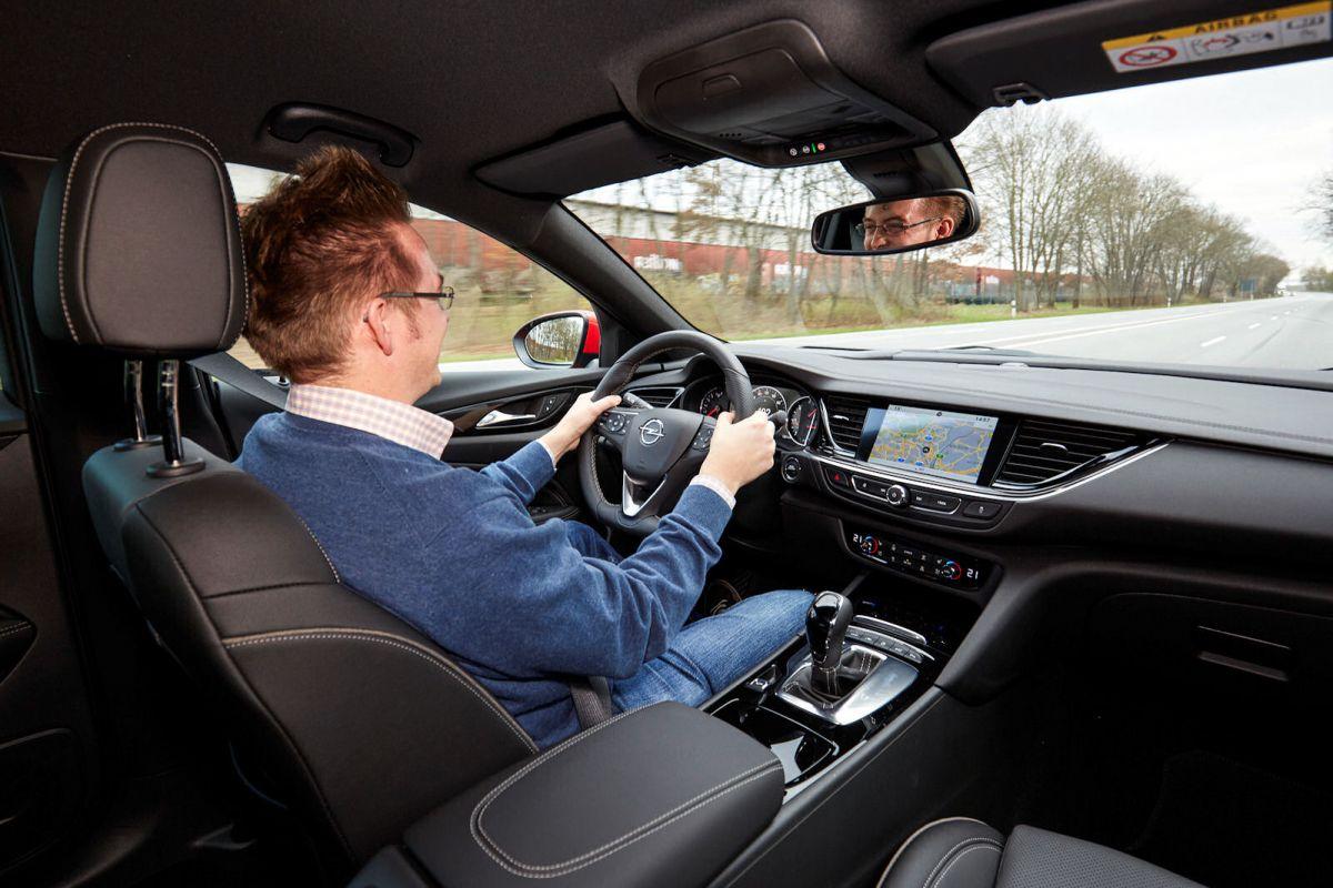 Opel Insignia Grand Sport Test: Der Preis für die OPC Line - Speed Heads
