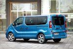 Opel Vivaro Tourer Paket Irmscher Combi Doppelkabine Kastenwagen Großraumlimousine Shuttle Familienvan Heck Seite