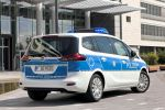Opel Zafira Tourer Polizeiauto PC UMTS LTE Verbindung Leitstelle Fahrzeugortung Video Funkstreifenwagen 1.6 SIDI Turbo Benziner BiTurbo 2.0 CDTI Diesel Kompakt Van Minivan Heck Seite