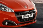 Peugeot 208 Facelift 2015 Orange Power Allure Kleinwagen 1.6 BlueHDI Diesel 1.2 PureTech Dreizylinder Benziner Conect Apps MirrorScreen Carplay Smartphone Front
