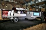 Peugeot Foodtruck Van Expert Le Bistro du Lion Imbiss Restaurant Küche Lounge Soundsystem DJ Gewürzmühlen Milan