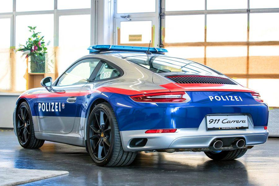 Achtung Polizei 214 Sterreich F 228 Hrt Porsche Mit 370 Ps