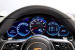 Porsche Panamera Turbo 2017 Gran Turismo Luxus Limousine Allradantrieb 4WD Achtzylinder V8 Biturbo Sport Chrono Paket PASM PTM PDCC Sport PTV Plus PDK PCM Porsche InnoDrive WLAN Internet Smartphone Interieur Innenraum Cockpit