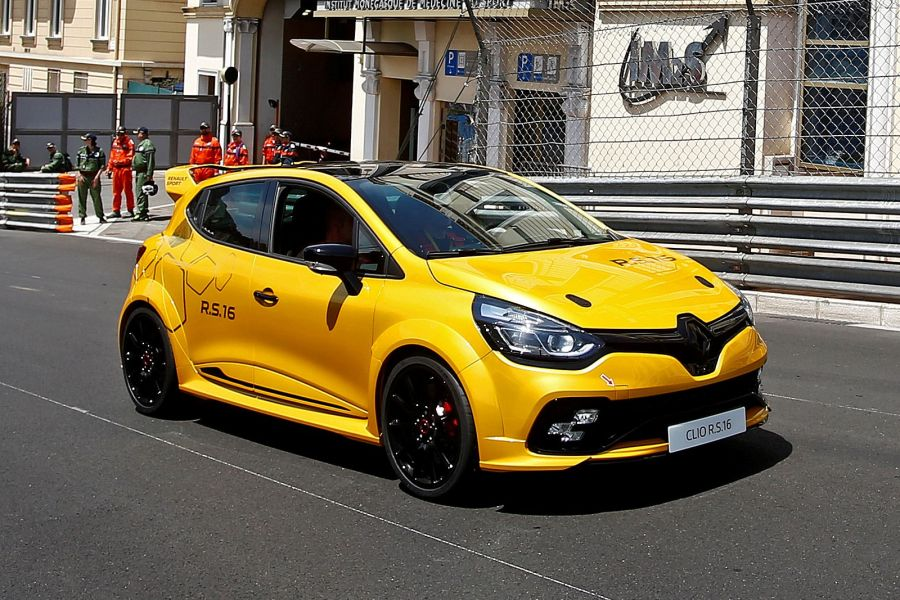 renault clio rs 16 radikal monster kleinwagen mit 273 ps speed heads. Black Bedroom Furniture Sets. Home Design Ideas
