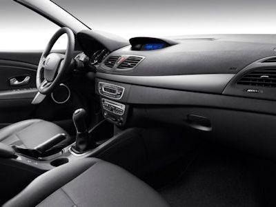 Renault Fluence 1.6 16V 2.0 dCi 90 FAP eco2 110 CVT Stufenheck ...