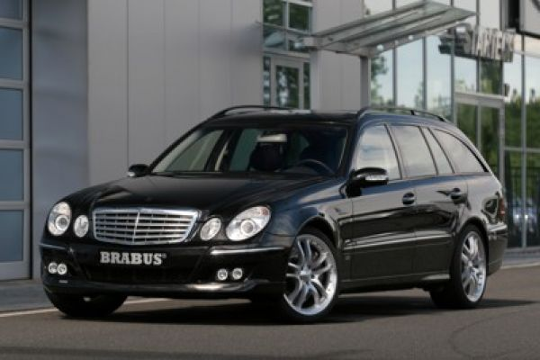 sattes brabus tuning f r neue mercedes e klasse speed heads. Black Bedroom Furniture Sets. Home Design Ideas