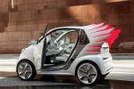 Smart for Jeremy Scott Fortwo Electric Drive EV Vehicle Elektroauto Künstler Designer Flügel Seite Ansicht