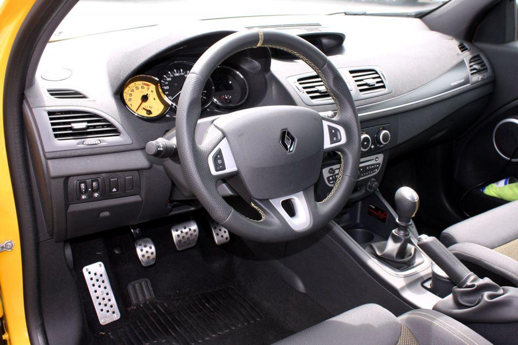 Renault m gane rs trophy jetzt bestellbar die for Innenraum design programm kostenlos