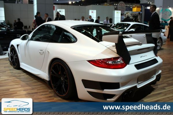 iaa frankfurt 2009 techart gtstreet rs porsche 911 gt2 speed heads. Black Bedroom Furniture Sets. Home Design Ideas