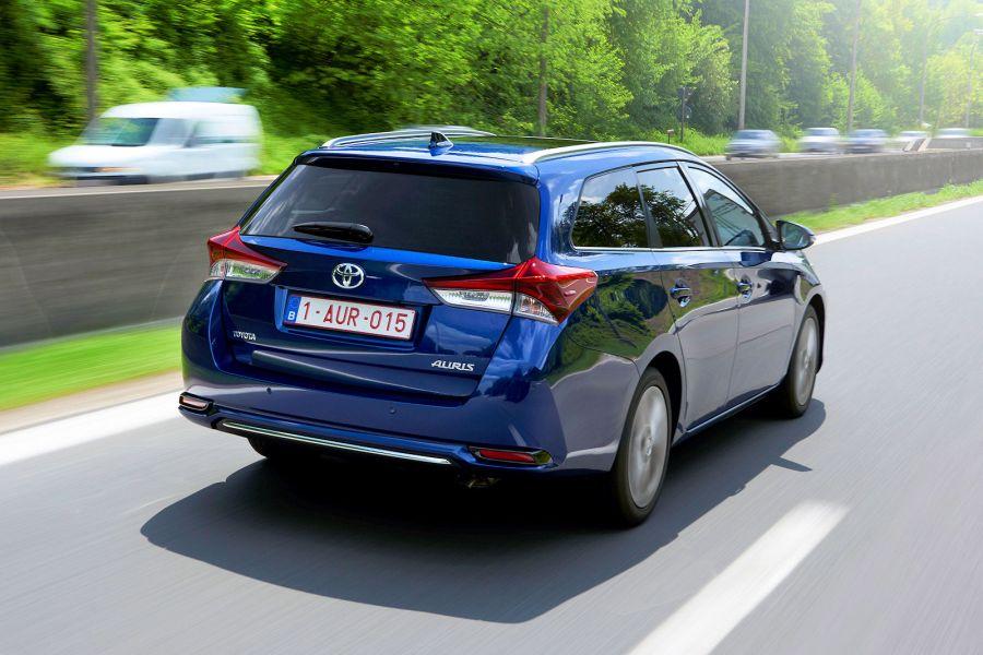 Toyota Auris Touring Sports   Vvt I Hybrid