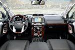 Toyota Land Cruiser 2.8 Vierzylinder Turbo Diesel Offroad Geländewagen SUV Interieur Innenraum Cockpit