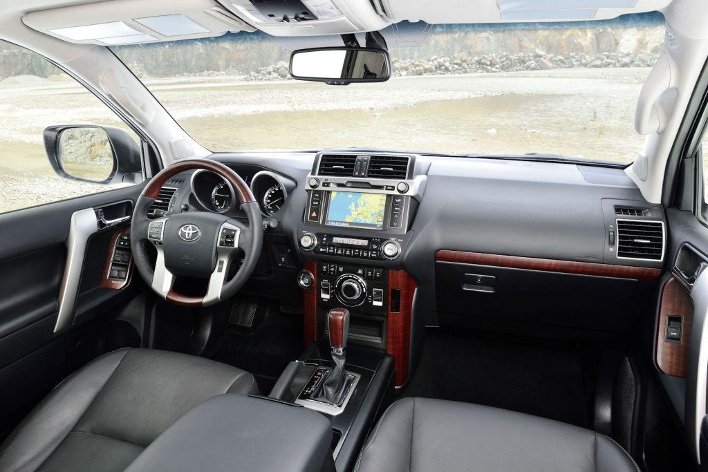 Toyota land cruiser 2015 neuer turbo diesel f r eine for Innenraum design programm kostenlos