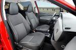 Toyota Yaris 2016 Dreizylinder Vierzylinder VVT-i D-4D Hybrid Turbodiesel Kleinwagen Facelift Lounge Style Interieur Innenraum Cockpit Sitze