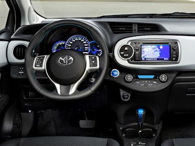 toyota yaris hybrid der wohl g nstigste hybrid wagen seite 2 speed heads. Black Bedroom Furniture Sets. Home Design Ideas