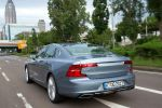 Volvo S90 Skype for Business App Konferenz Messenger Infotainment Heck
