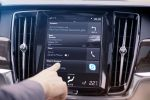 Volvo S90 V90 Skype for Business App Konferenz Messenger Infotainment Interieur Innenraum Cockpit