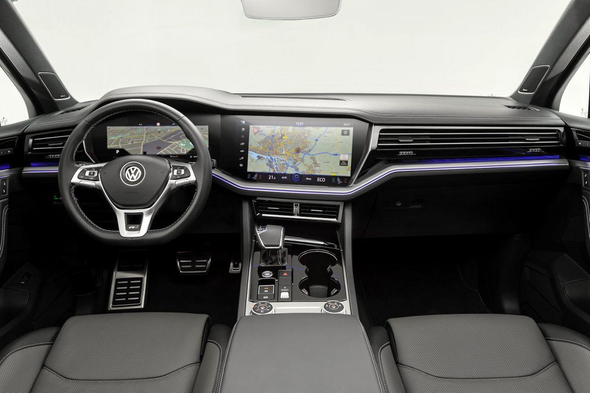 VW Touareg 2018: Der erste Check und was die Zukunft bringt - Speed ...