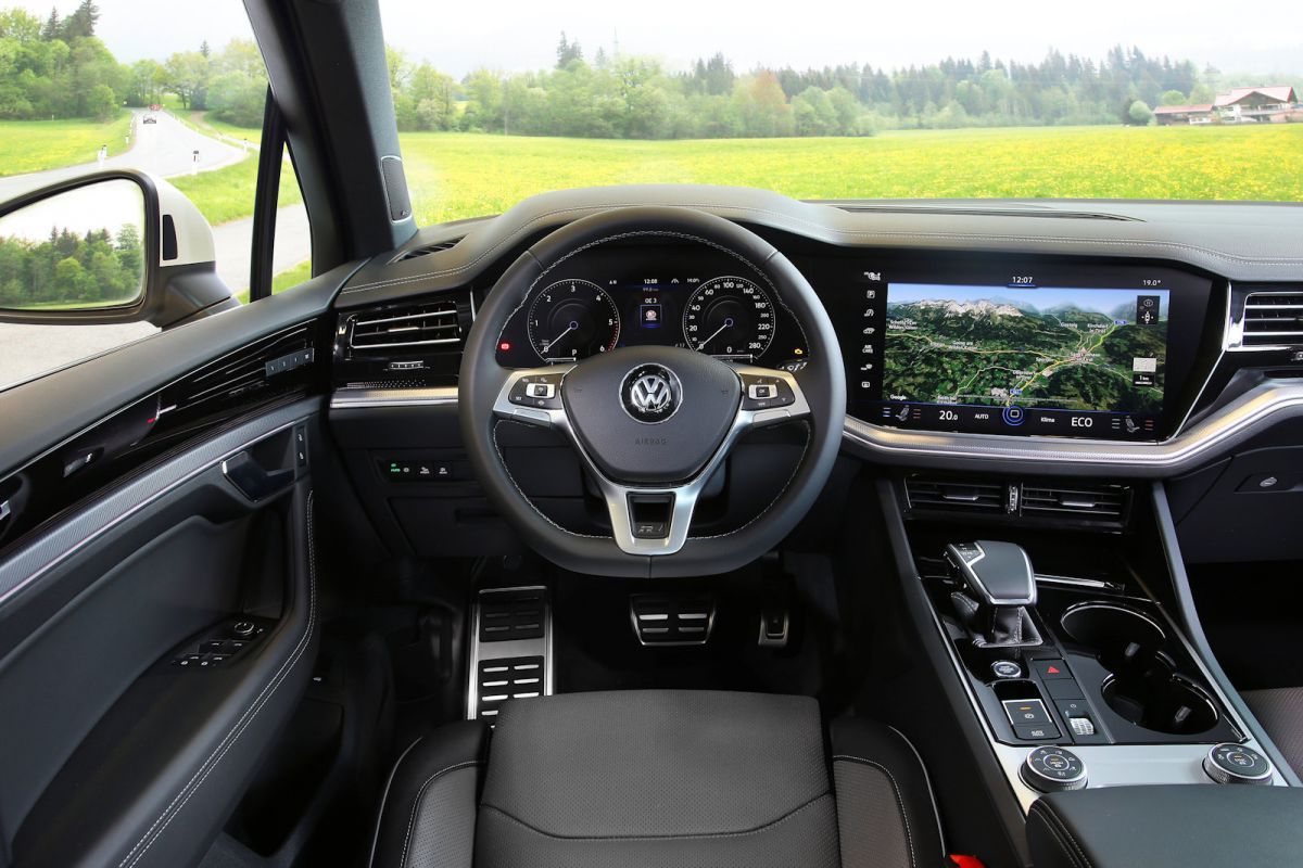 vw touareg    test das update auf ein neues level speed heads
