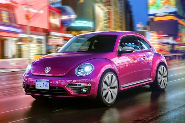 vw beetle pink edition ein hei er k fer f r die lady. Black Bedroom Furniture Sets. Home Design Ideas