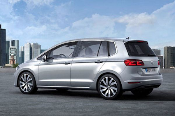vw golf sportsvan concept jetzt sind familien und. Black Bedroom Furniture Sets. Home Design Ideas
