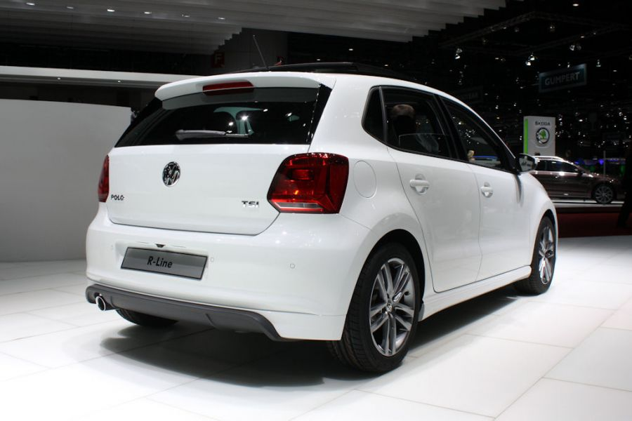vw polo r line 2014 starker auftritt f r den kleinen speed heads. Black Bedroom Furniture Sets. Home Design Ideas