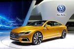 VW Volkswagen Sport Coupe Concept GTE CC Plug-in-Hybrid 3.0 TSI V6 Turbo Benziner Elektromotor DSG Lithium Ionen Batterie Aufladen Smartphone App Active Info Display digitales Kombiinstrument Media Control Modul biometrische Daten Front Seite