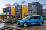 VW Volkswagen Touran 2016 Topmotorisierung TDI Turbodiesel TSI Turbobenziner Familien Kompakt Van Highline Front Seite