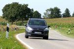 ford b-max 1.0 ecoboost test - dreizylinder turbo minivan city stadt fiesta panorama schiebetür b-säule torque vectoring control sync key free cool sound active city stop eltern kinder front ansicht